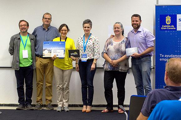 Un revestimiento de plástico difícil de reciclar gana el máximo galardón del primer #Climathon que acoge Gran Canaria // CanariasCreativa.com