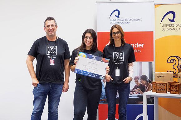El equipo «Los terratoroides» GC002, y su plataforma aérea para detectar y dar respuesta a emergencias humanitarias, se alza con el primer premio de HackForGood Canarias 2019 // CanariasCreativa.com