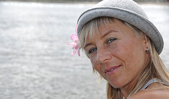 Palabras al Vuelo cumple cinco años reivindicando la narración de cuentos para público adulto // CanariasCreativa.com