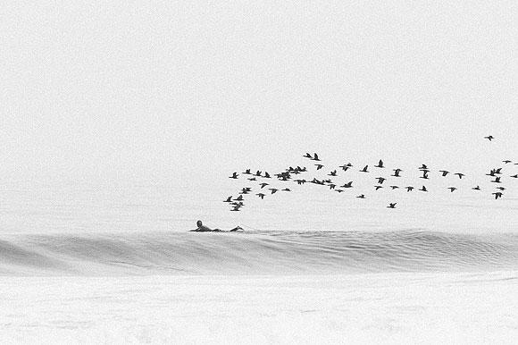 El inmortalizador de viajes sobre la cresta de las olas - Sergio Villalba // CanariasCreativa.com